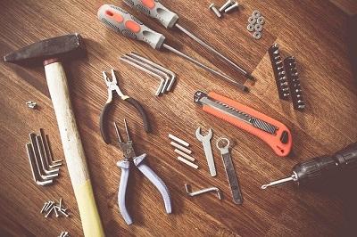 herramientas montaje mueble salon